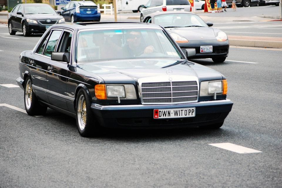 Mercedes Benz 300SEL w126 on Gold BBS RS 16x8 et11 & 16x9 et11