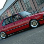 Red BMW 535is E28 on 16