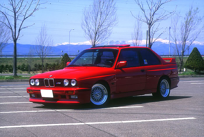 Red BMW M3 E30 on BBS RS