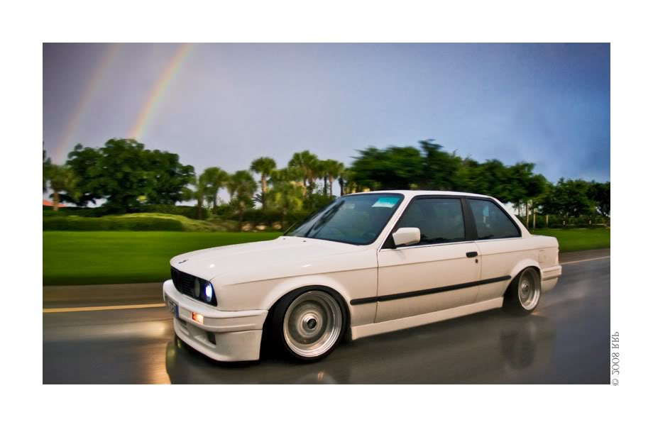 White BMW E30 on BBS RS