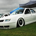 White Volkswagen Jetta MK4 on Black BBS RS with White Lips