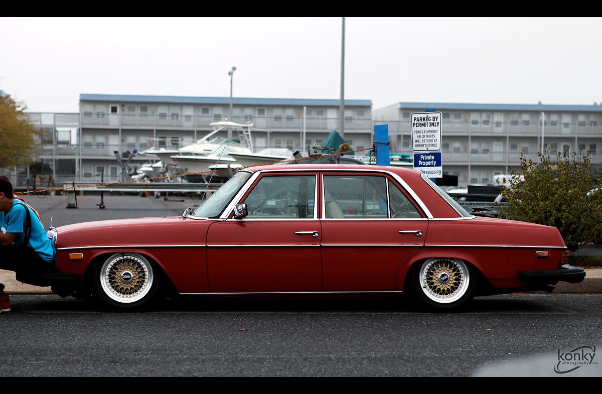 Mercedes Benz 240D w115 on 15″ Gold BBS RS