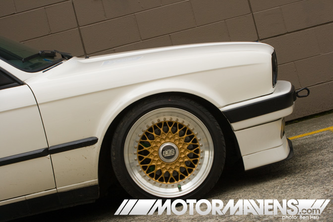 White BMW 325i E30 on Gold BBS RS
