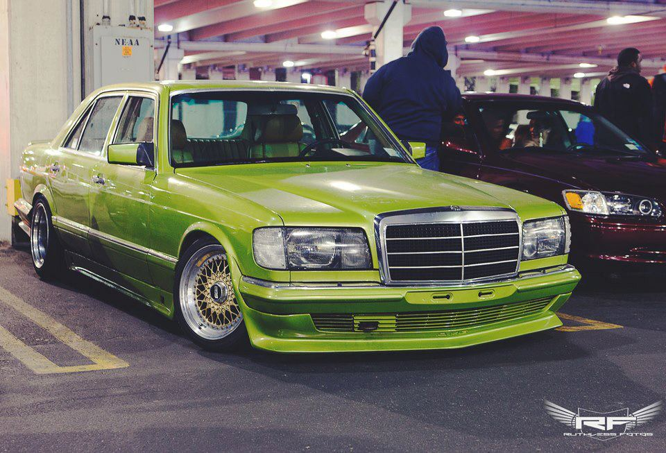 Green Mercedes Benz w126 on Gold BBS RS