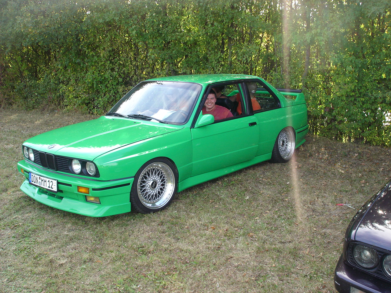 Green BMW E30 M3 on 17″ Staggered BBS RS