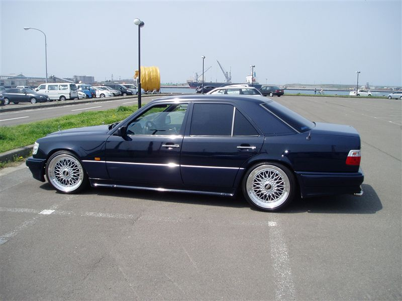 "Mercedes Benz 400E W124 on 19"" BBS Super RS"