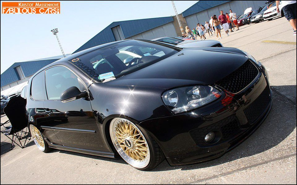 Black Volkswagen Golf Mk5 On 17 Gold Bbs Rs Bbs Rs Zone