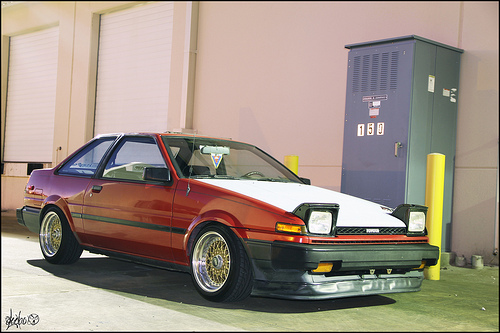 "AE86 Toyota Corolla on 15x8.5"" Gold BBS RS"