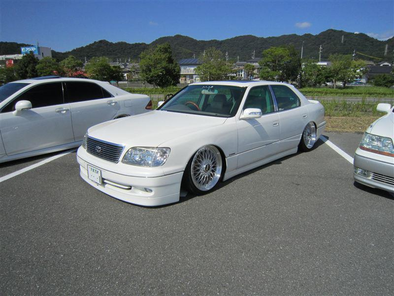 White Toyota Celsior on BBS Super RS VIP