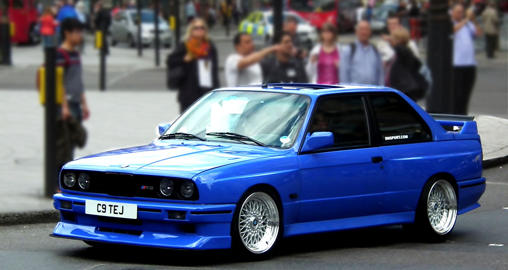 Blue BMW E30 M3 on Silver BBS RS